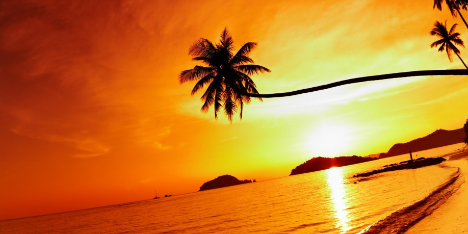 tropical_beach_resorts_sunset-wide-918x459
